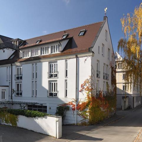 Dom Hotel Rückseite - Boardinghaus